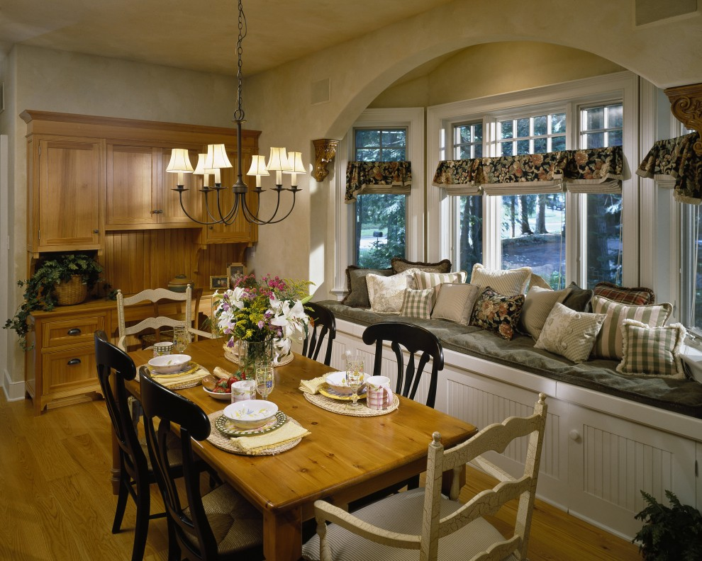 Dining room farm